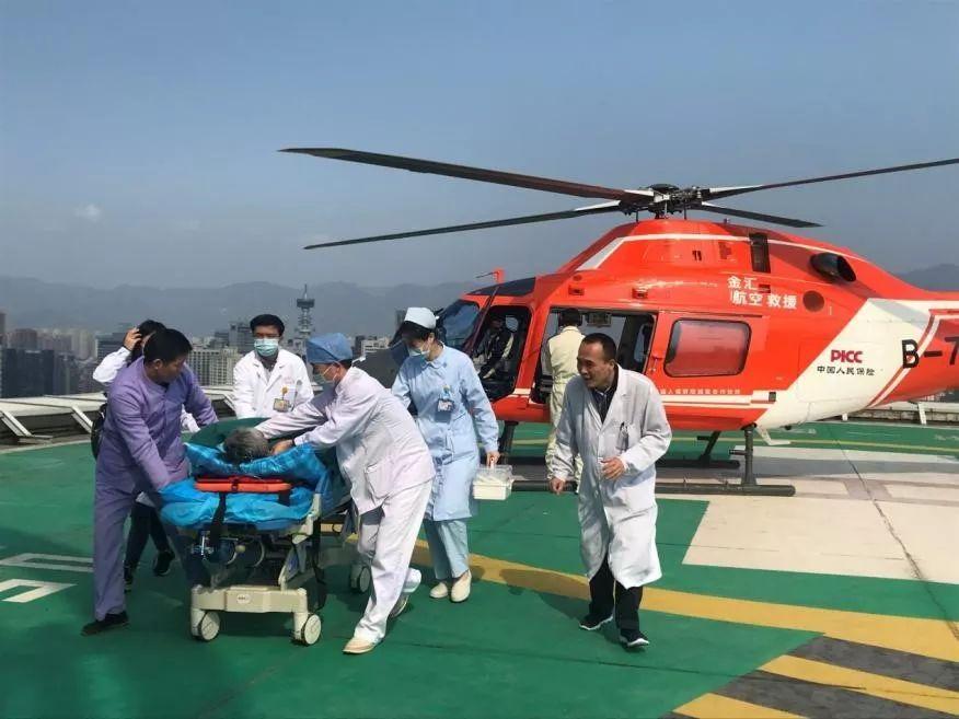 生命接力!男子严重肝衰竭,从泉港转院福州抢救,只用时42分钟